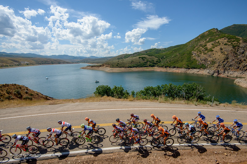 The peloton rolls along East Canyon Reservoir. Stage 6, 2016 Tour of Utah. Photo by Dave Richards, daverphoto.com