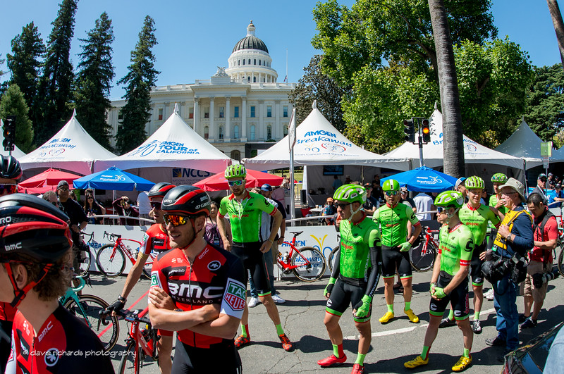 The California State Capitol Building overlooks the chaos at the rider sign-in for Men's Stage 1, 2017 Amgen Tour of California (Photo by Dave Richards, daverphoto.com)