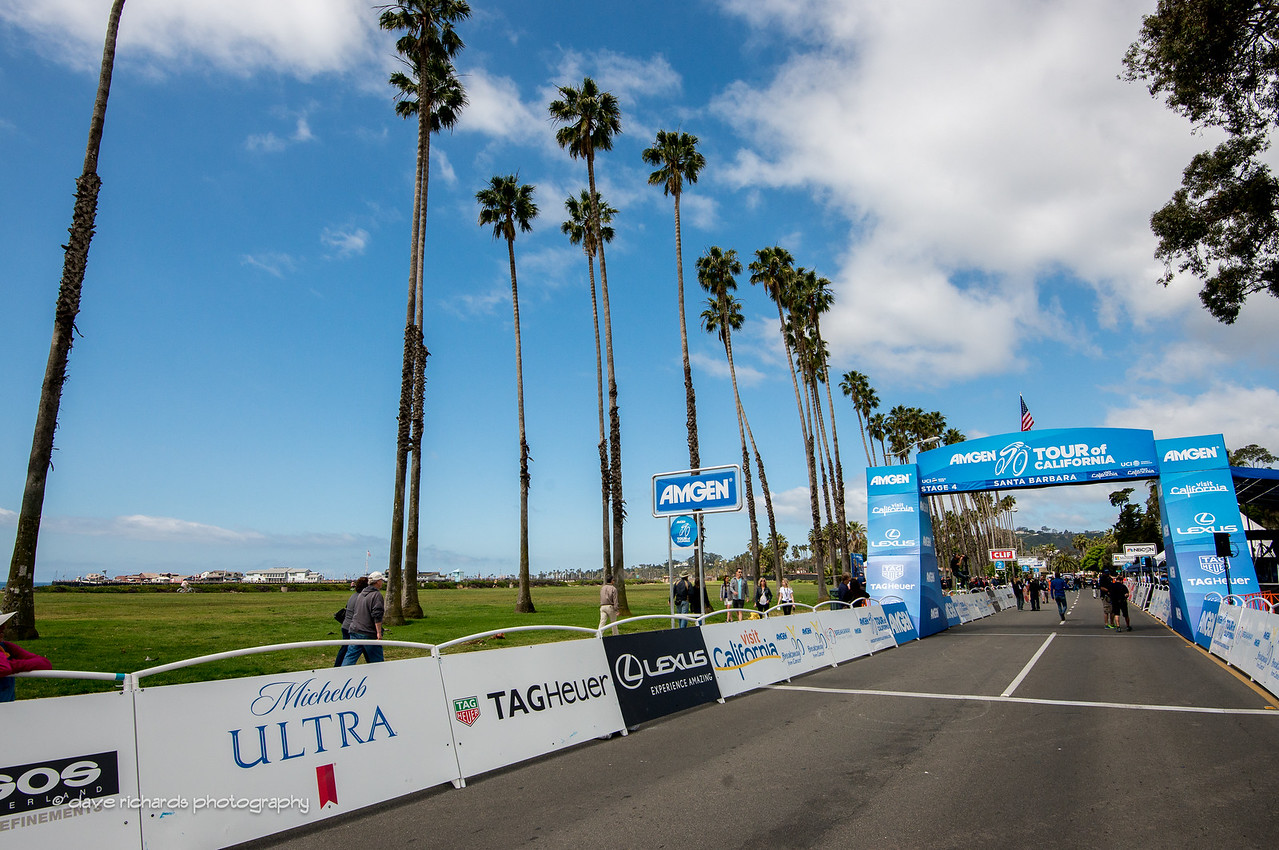 The calm before the storm. Beachfront start in Santa Barbara for Men's Stage 4, 2017 Amgen Tour of California (Photo by Dave Richards, daverphoto.com)