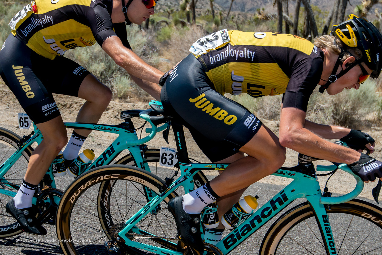 Helping Hand. Men's Stage 7, 2017 Amgen Tour of California (Photo by Dave Richards, daverphoto.com)