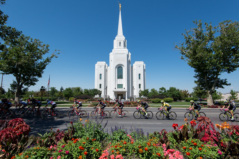 The yellow jersey tucks in line as the riders  pass by the Brigham City Mormon Temple during Stage 2, BrighamCity-SnowBasin,  2017 LHM Tour of Utah (Photo by Dave Richards, daverphoto.com)
