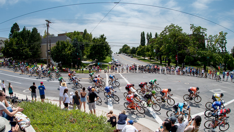 High speed descent into a sharp turn below Reservoir Park during Stage 7, Salt Lake City Circuit Race,  2017 LHM Tour of Utah (Photo by Dave Richards, daverphoto.com)
