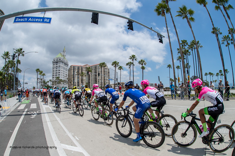 The paceline stretches out up a slight hill during Men's Stage One in Long Beach, 2018 Amgen Tour of California cycling race (Photo by Dave Richards, daverphoto.com)
