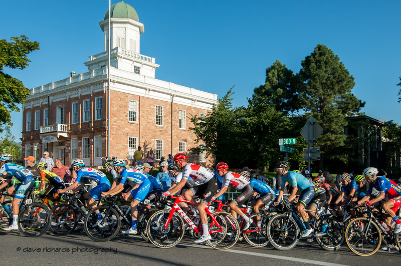 The peloton makes the turn at the top of the State Street climb. Stage 4 - Salt Lake City Circuit Race, 2019 LHM Tour of Utah (Photo by Dave Richards, daverphoto.com)
