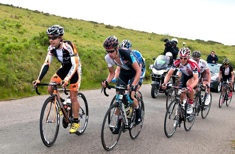 0261 Leaders at top of CVR