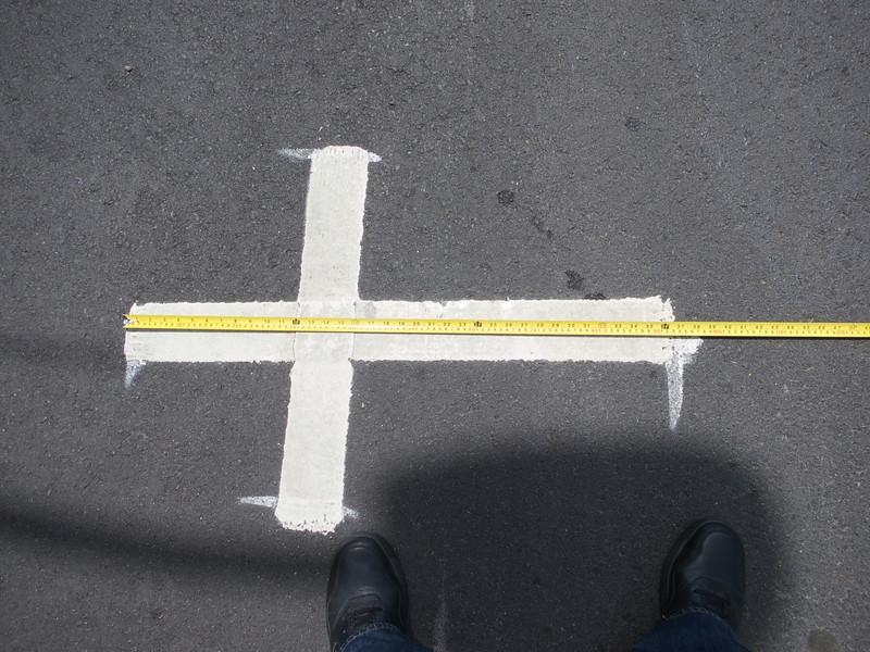 Parking T is 3 ft long<br /> Piedmont Av 2014-04-24 at 13-33-15