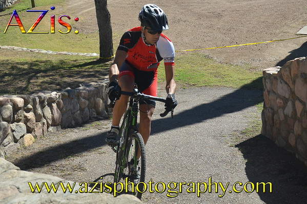 Cycle A-Cross the Globe 10-13-12 Masters Race