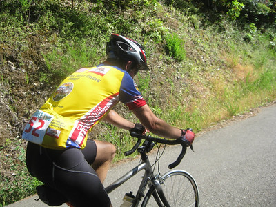 Buddy Donald Mitchell puts the pedal power on on the Gualala Wall at the 2010 Terrible Two (photo Brian Chun)
