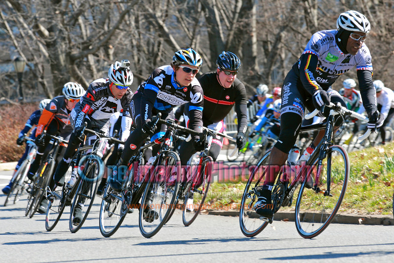 IMAGE: http://www.oneimagingphotography.com/Cycling/Grants-Tomb-31012/Pro-1-and-2/i-gTDH2hQ/0/L/8O2T1178-copy-L.jpg
