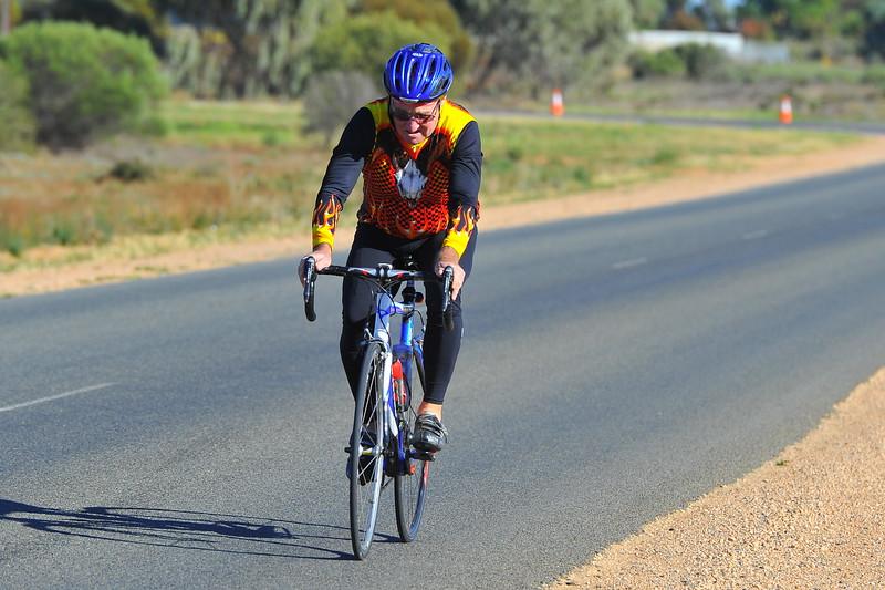 Mildura cyclists race in Renmark