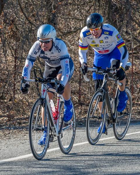 Mike Scaglione leads Thomas Kearsley