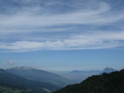 view from Glaubenbielenpass