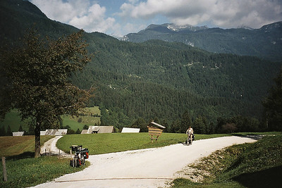 shortcut from Luce to Kamnik goes offroad over a pass via Podvolovljek