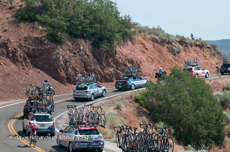 Caravan follows around East Canyon Reservoir