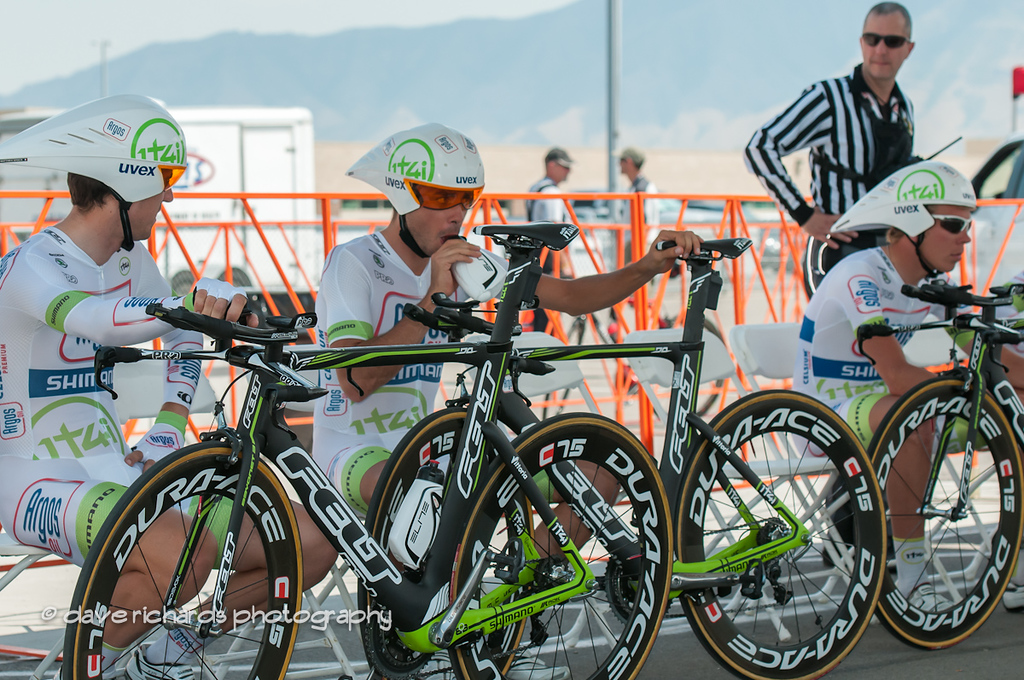 Team Argos Shimano in the start house