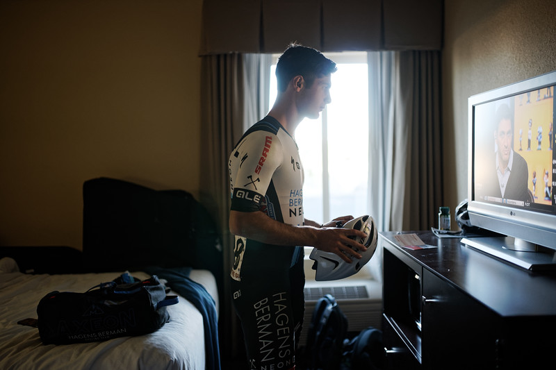 Tyler Williams catches up on sports, pre-race, Tour of the Gila, May 2016 | Sony A99 + Sigma 35mm F1.4 DG HSM Art / ISO 800 35mm F1.4 1/250