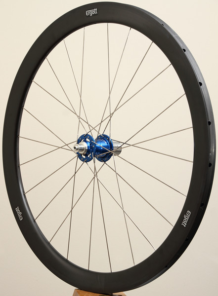 Chris King R45 hubs<br /> Enve SES 3.4 rims<br /> Sapim CX-Ray spokes