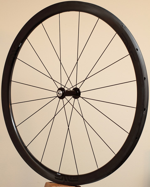 Alchemy hubs<br /> Enve SES 3.4 rims<br /> Sapim CX-Ray spokes and Wheelsmith DB14s for the right, rear side