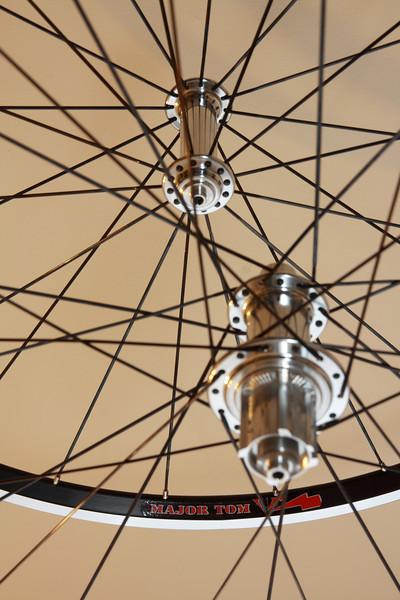 Alchemy hubs<br /> Velocity Major Tom rims<br /> Sapim CX-Ray/Wheelsmith DB14 spokes