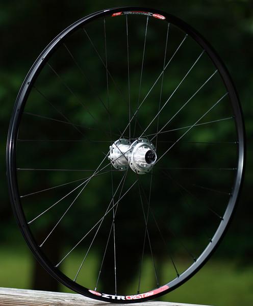 Project 321 single speed hub<br /> Stan's Crest 29er rim<br /> Sapim Laser spokes<br /> alloy nipples<br /> 32 3X