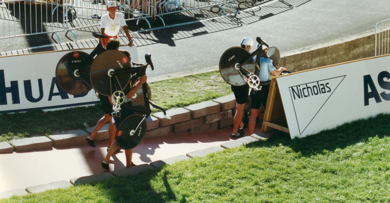 East Germany Team Pursuit Bikes World Championships Lyon 1989 (1)
