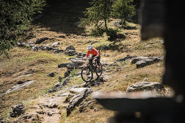 Dave Searle riding above Cretaz, Cogne, Italy