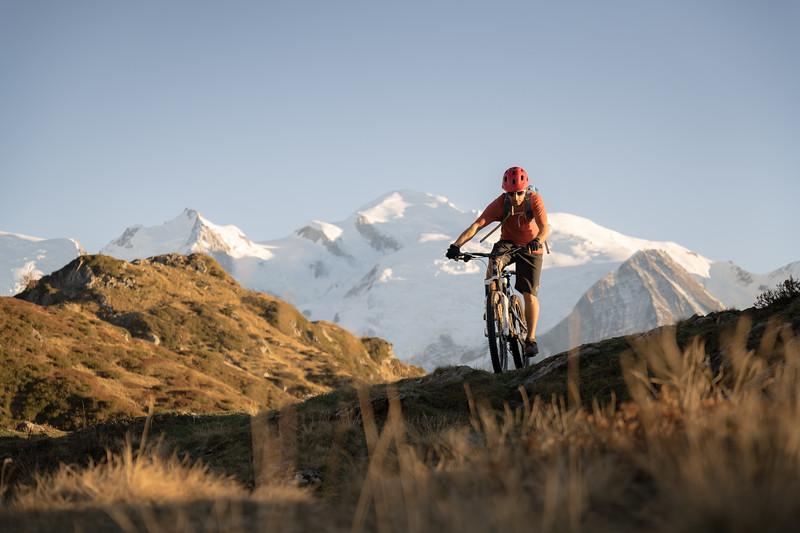 Tom Coney above Lac de Pormenaz, Servoz, Mont Blanc