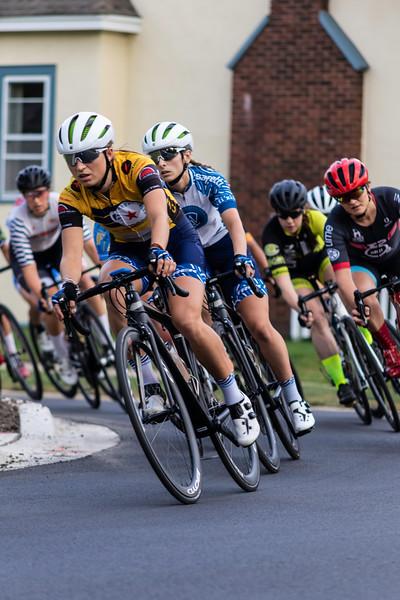 Women's yellow jersey Caroline Baur.