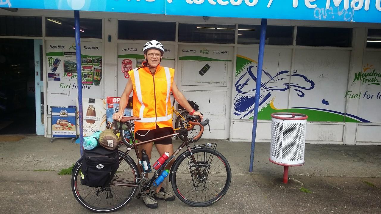 Muni from Wellington at Te Marua Dairy Oct 2014