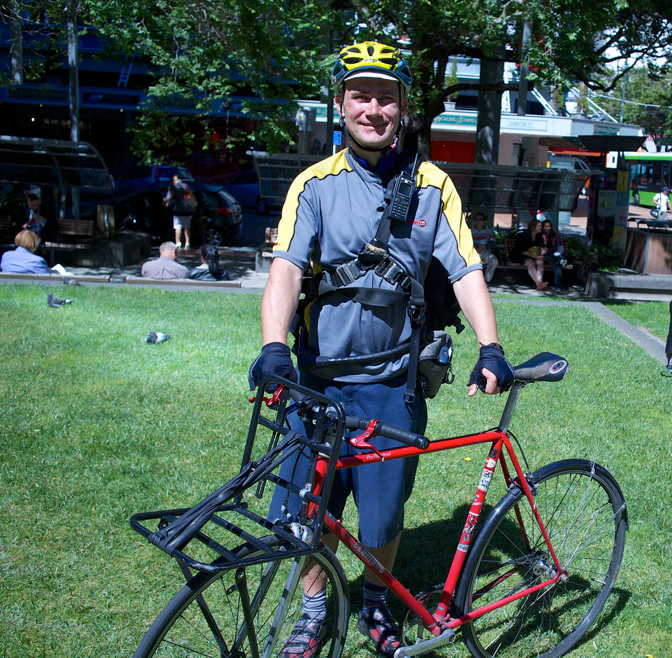 Jorge from Wellington, ex Germany