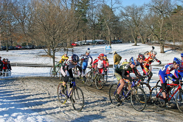 Kurt Refsnider moving up through the snow on Lap One of the Liberty Cup.