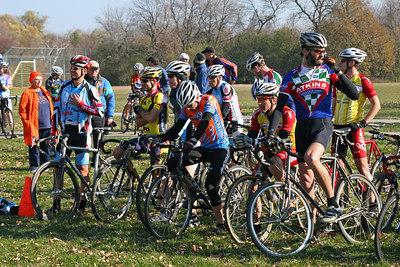 Estabrook Cyclocross - Cat 1/2 Women and 40+, 50+