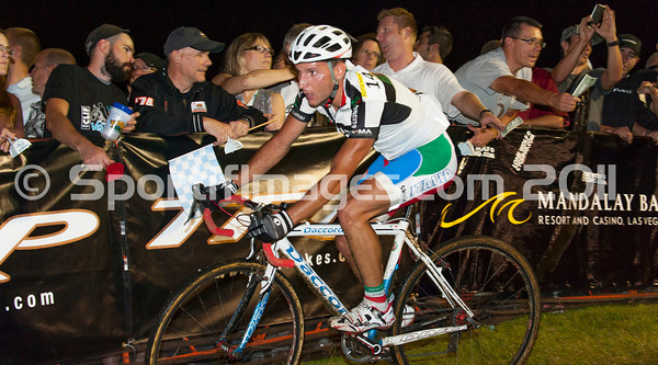 CrossVegas_CX-0888