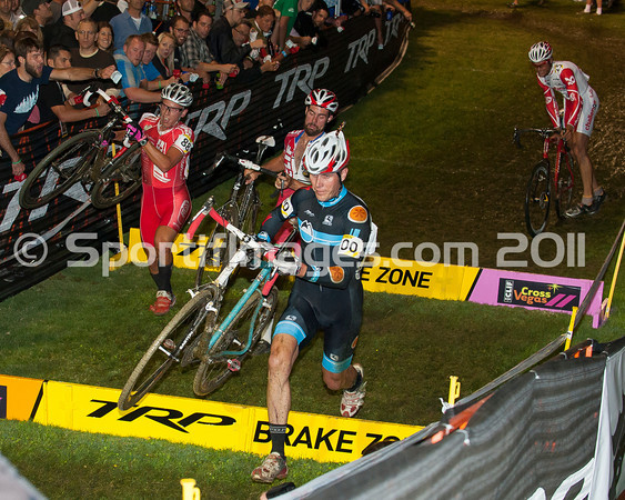 CrossVegas_CX-0850