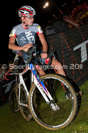CrossVegas_CX-6619