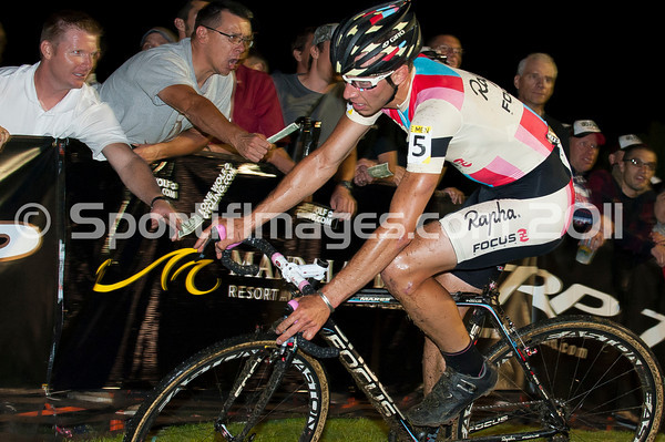 CrossVegas_CX-0871