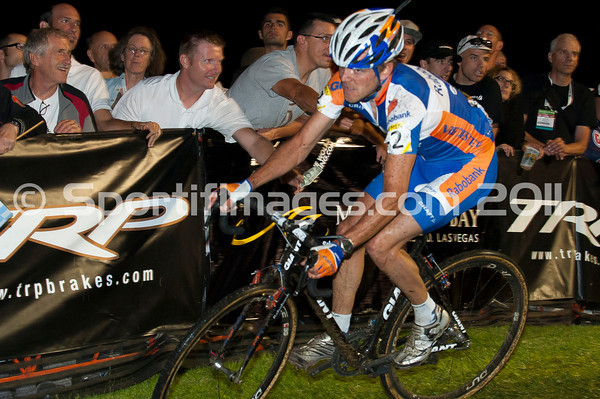 CrossVegas_CX-0868