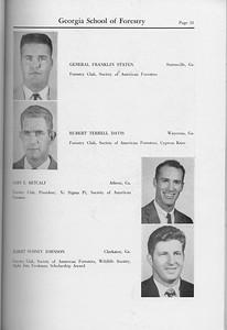 The Cypress Knee, 1959, Seniors, General Franklin Staten, Hubert Terrell Davis, Gary E. Metcalf, Albert Sydney Johnson, pg. 31