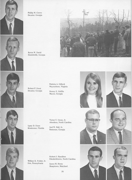 The Cypress Knee, 1968, Juniors, Phillim M. Crowe, Byron W. David, Robert Ernst, Larry D. Evers, William K. Feisler, Patricia A. Gillock, Donny E. Griffin, Victory U. Grose, Joel W. Hall, Robert J. Hamilton, James M. Henry, pg. 25