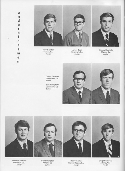 The Cypress Knee, 1970, Juniors, Jerry Beardon, James Cook, Guerry Doolittle, Garrett Edmonds, Jack Fillingham, Wendy Fordham, Bret Hampton, Henrey Henley, Craig Henrikson, pg. 30
