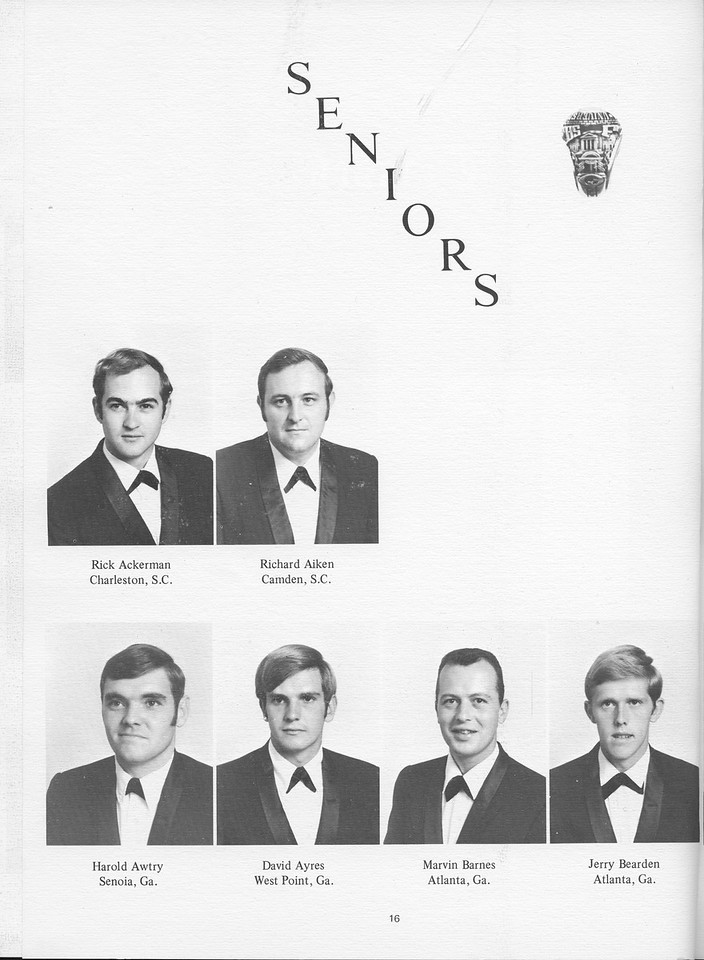 The Cypress Knee, 1971, Seniors, Rick Ackerman, Richard Aiken, Harold Awtry, David Ayres, Marvin Barnes, Jerry Bearden, pg. 16