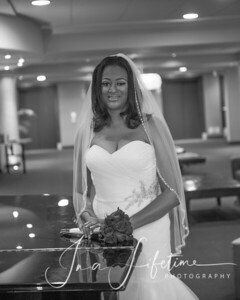 Magnolia-Hotel-Bridal-Session (23)