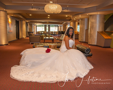 Magnolia-Hotel-Bridal-Session (26)