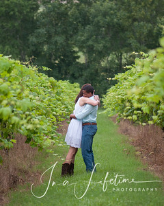 Brenham engagement session (58)