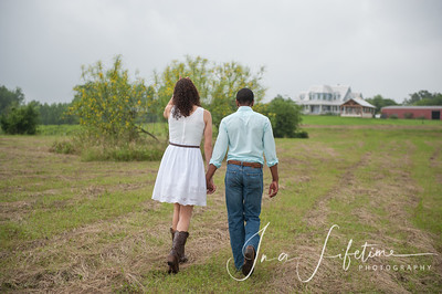 Brenham engagement session (18)