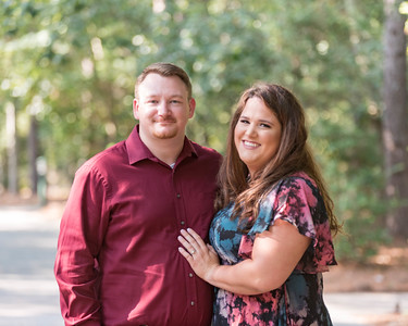 Engagement photos in the Woodlands