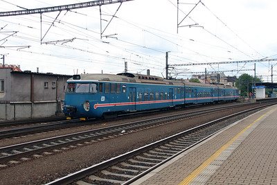 451 002 at Prague Liben on 27th June 2016 (2)
