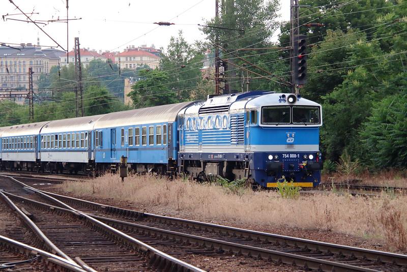 754 008 (92 54 2754 008-1 CZ-CD) at Prague Vrsovice on 25th June 2016 (4)