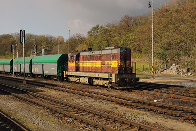 742 170 (92 54 2742 170-4 CZ-CDC) at Mlada Boleslav Hlavni Nadrazi on 30th October 2017 (3)