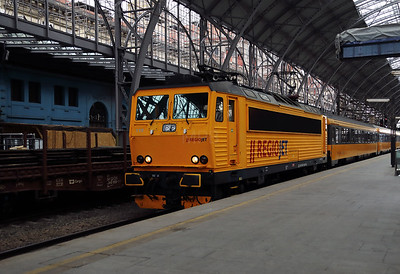 RJ, 162 115 (91 54 7162 115-0 CZ-RJ) at Prague Hlavni Nadrazi on 2nd July 2017
